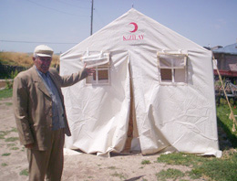 Afetzedeler Hala Çadırda Kalıyor
