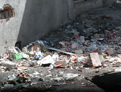 Esnaf Çöplerden Rahatsız