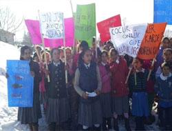 Derinöz Kadın ve Çocuk Hakları İçin Eylemde