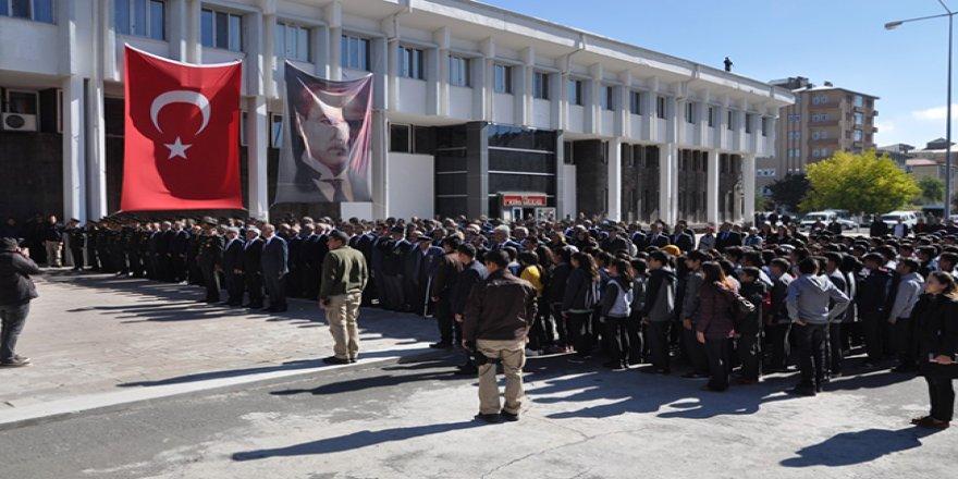 Atatürk'ün Kars'a gelişinin 93'üncü yılı