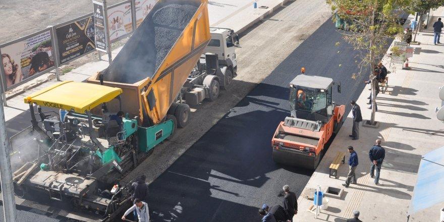 Faikbey'in asfaltı tamamlanıyor