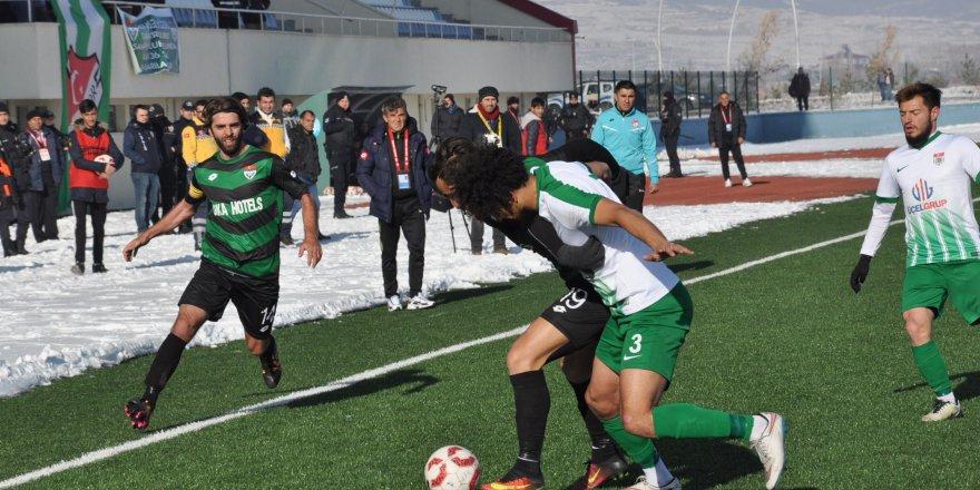 Kars 36 Spor: 1 Kelkit Belediye Hürriyet Spor: 0