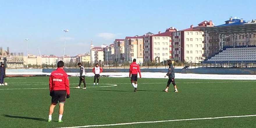 Kars 36 Spor Karlıova Yıldırım Spor maçına hazır