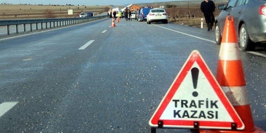 Akyaka'da trafik kazası: 4 yaralı