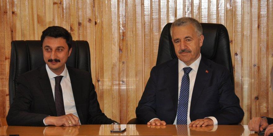 Bakan Ahmet Arslan STK'larla bir araya geldi