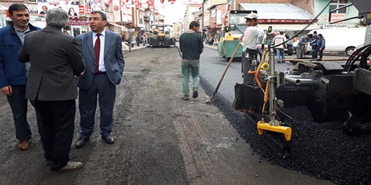 Sarıkamış Belediyesi altyapıyı tamamladı, asfalt çalışmalarına başladı