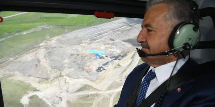 UDH Bakanı Arslan, Kars Lojistik merkezi çalışmalarını havadan inceledi