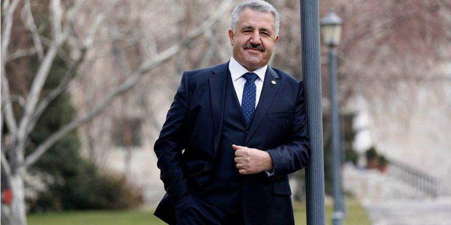 UDH Bakanı Ahmet Arslan, Kars'ta AK Parti'nin oylarını artırdı