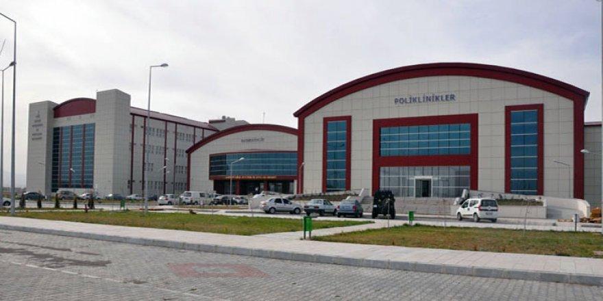 Kafkas Üniversitesi Hastanesi yenileniyor