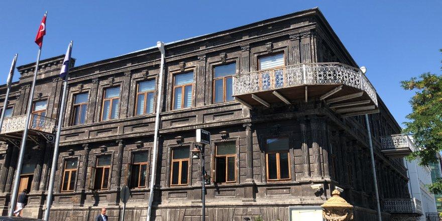 Kars Belediyesi'ne elektrik şoku