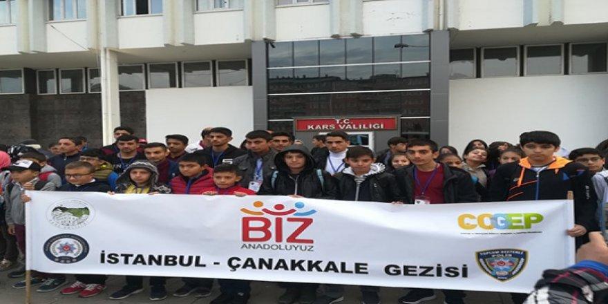 Kars Emniyeti, 150 öğrenciyi İstanbul-Çanakkale gezisine gönderdi