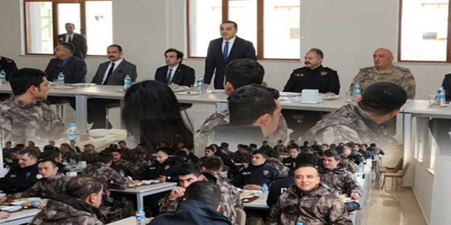 Kars Valisi Türker Öksüz, Emniyet mensuplarıyla bir araya geldi
