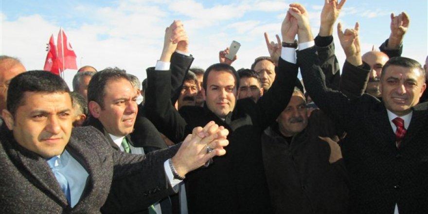 MHP Kars Belediye Başkan Adayı Çetin Nazik Kars'a geldi