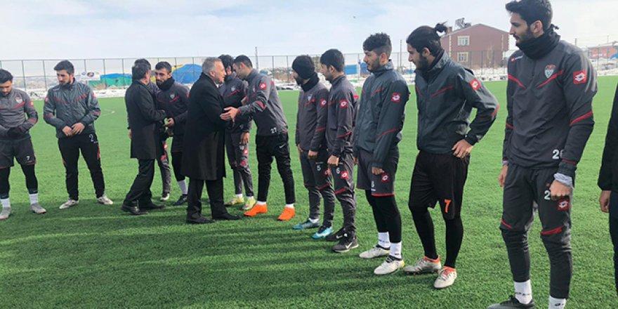 Alibeyoğlu, Karsspor'u ziyaret etti