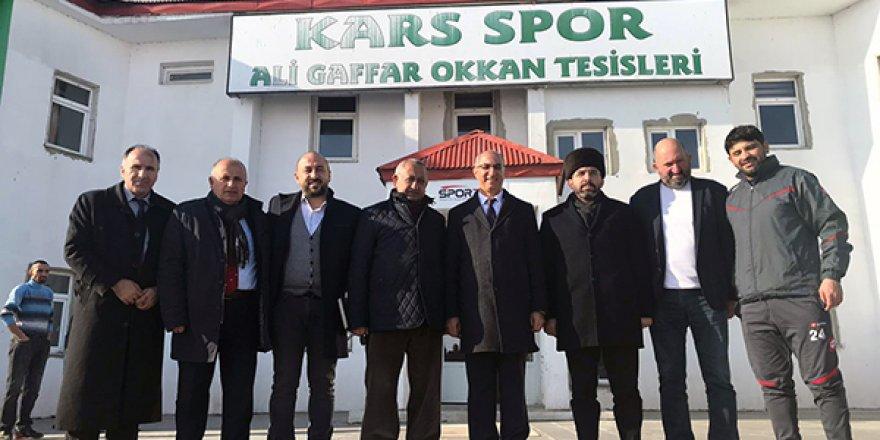 Erdoğdu ve İl Başkanı Çalkın, Kars36 Sporu ziyaret etti