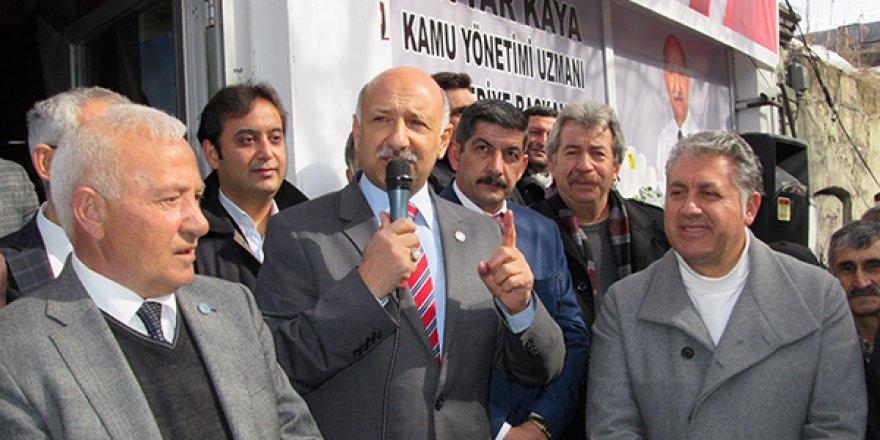 İYİ Parti Adayı Settar Kaya'nın Seçim Koordinasyon Merkezi açıldı