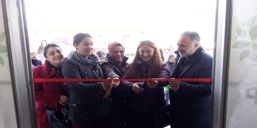 Kars'ta HDP çok hızlı: üçüncü seçim bürosu açıldı