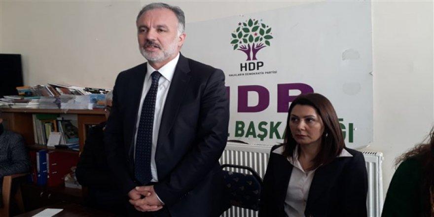 DBP Belediye Meclis Üyeleri, HDP Kars İl Başkanlığı'nda açıklama yaptı