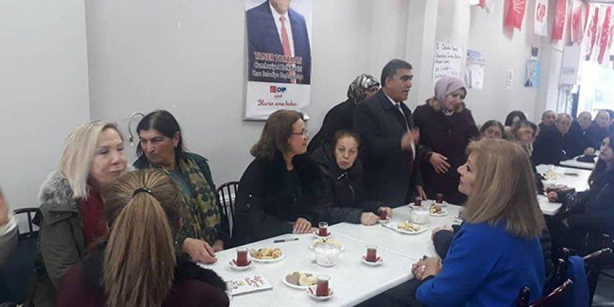 CHP Kadın Kolları Genel Başkanı Fatma Köse, Toraman'a destek için Kars'ta