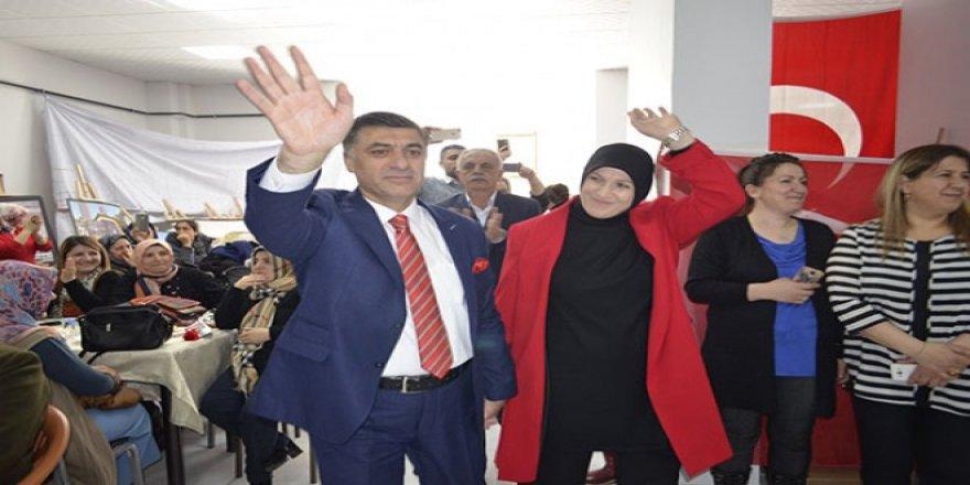 Cumhur İttifakı Adayı Çetin Nazik'den Kadınlar Günü kutlaması