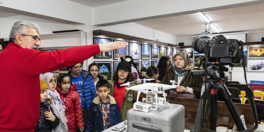 Fotoğraf Sanatçısı Özgen Beşli BİLSEM Öğrencileri ile Buluştu