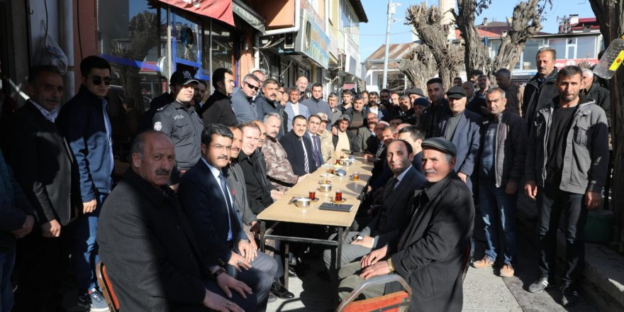 Vali Türker Öksüz, Kağızman'da incelemelerde bulundu