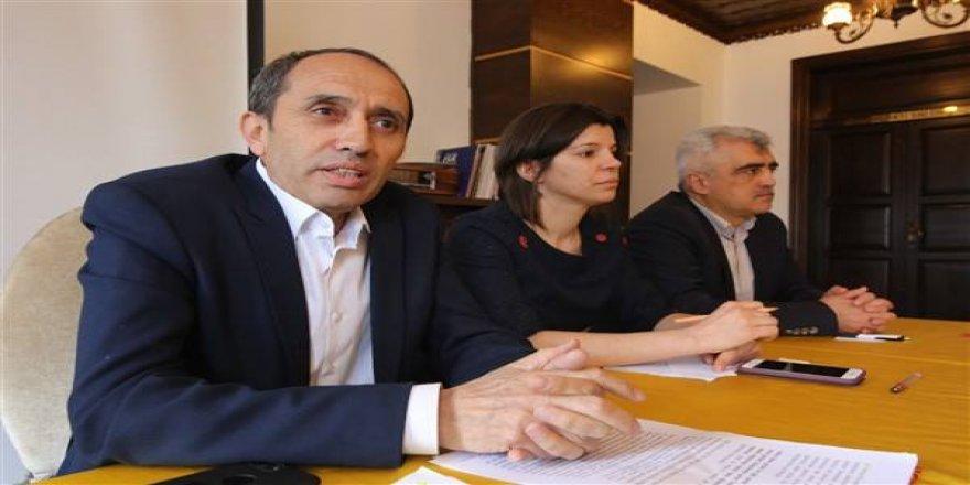 """Faruk Gergerlioğlu: """"160 bin kamu emekçisi, OHAL ve KHK'lar kapsamında çaresiz bırakıldı"""""""