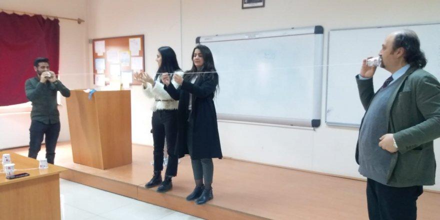 KAÜ'de Öğretmen Adayları 1000 Üzerinde Fen Etkinliği Yapmadan Mezun Olmuyor