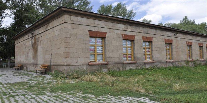Tarihi eserlerin onarımı için yardımlardan faydalanacaklara fırsat