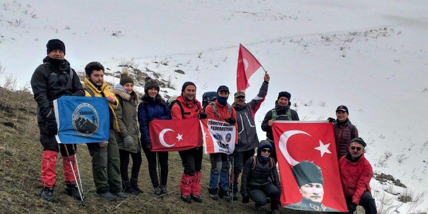 KARSDAK Sporcuları Yahni Dağı'nda Zirve Yaptı