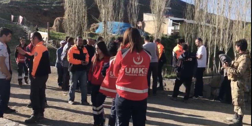 Sarıkamış'ta kaybolan 3 yaşındaki kızı arama çalışmaları sürüyor