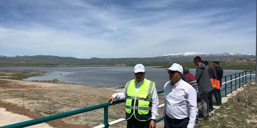 DSİ Bölge Müdürü Mahmut Dündar, Kars Barajı inşaatını inceledi