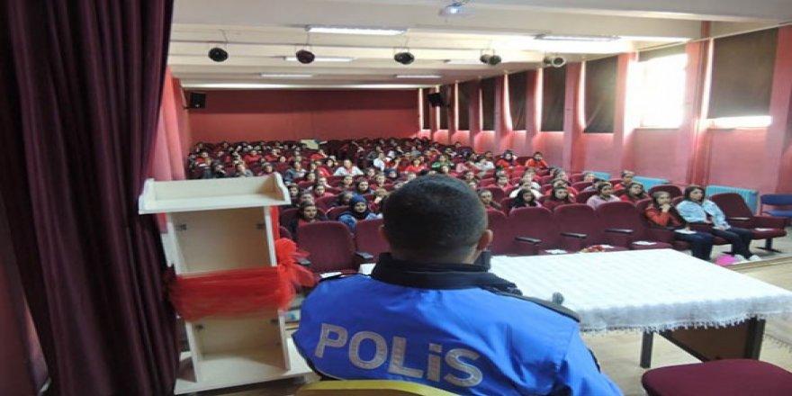 TDP, Lise öğrencilerine Polislik mesleğini tanıttı