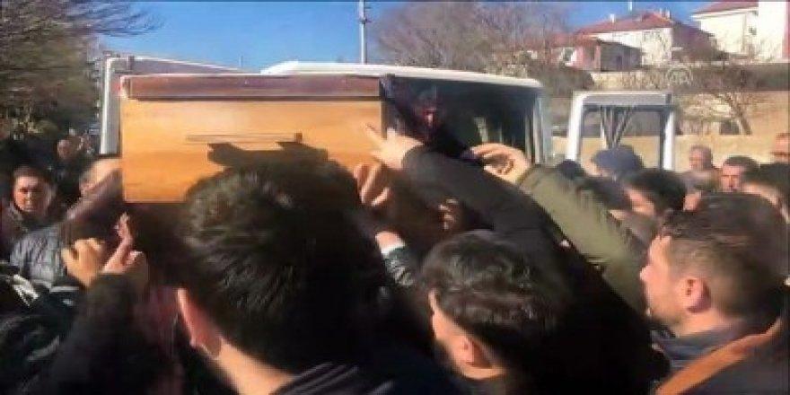 Sarıkamış'ta arazi kavgasında hayatını kaybeden 6 kişi defnedildi