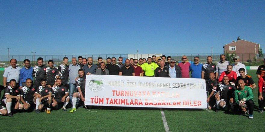 """Kars'ta """"Kurumlar Arası Futbol Turnuvası"""" start aldı"""