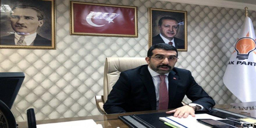 AK Parti İl Başkanı Adem Çalkın, yazar Salih Seçkin Sevinç'i kınadı