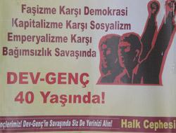 Devrimciler Sergi Açtı