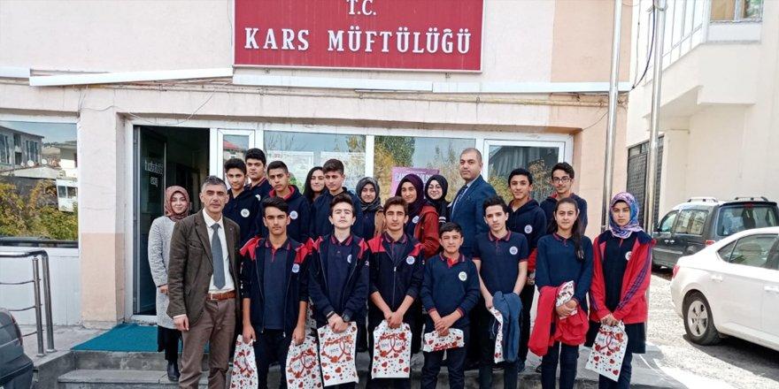 Lise öğrencilerden Müftülüğe ziyaret