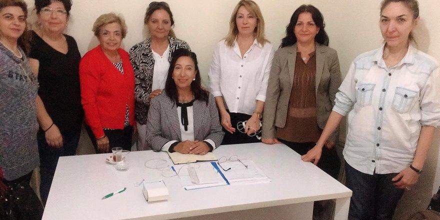 Kars Kültür Derneğinin Kadın Kolları dönemin ilk toplantısını yaptı