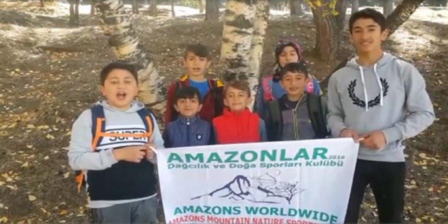 Amazonlar Dağcılık Genç Sporcuları, doğada temizlik yaptı