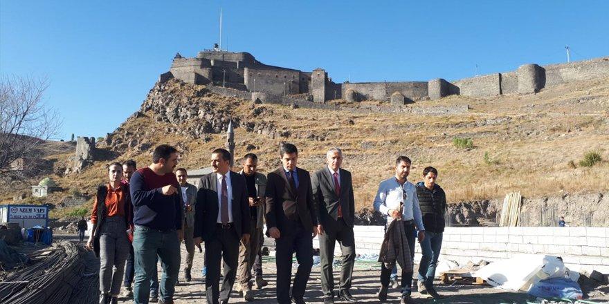 Vali Öksüz bedesten ve müze inşaatını inceledi