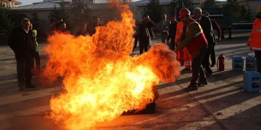 Kars'ta acil durum yangın tatbikatı