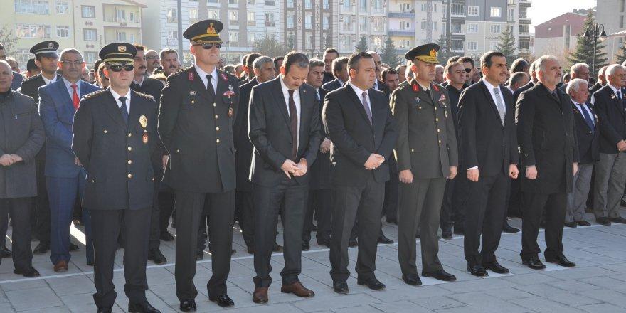 Ulu Önder Mustafa Kemal Atatürk Kars'ta anıldı