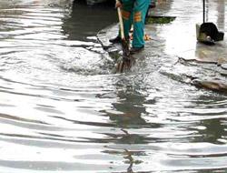 Polis Lojmanlarını Su Bastı