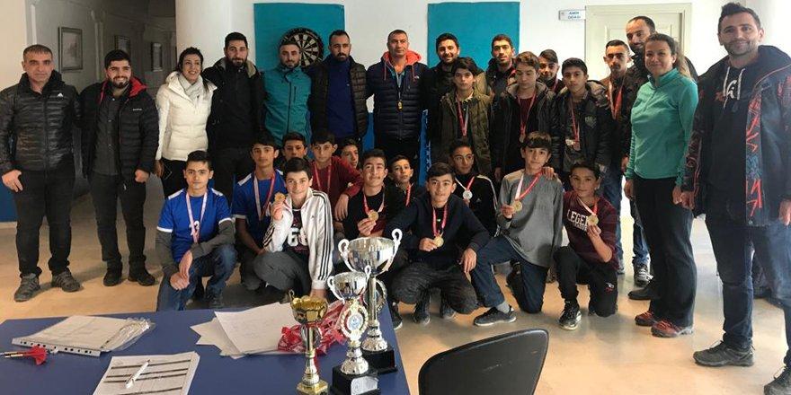 Kars'ta dart turnuvası tamamlandı