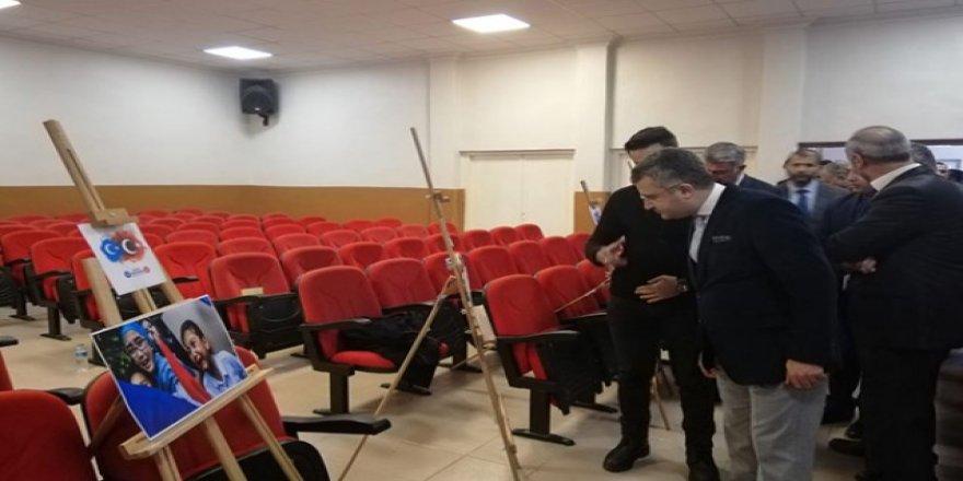 """Kağızman'da, """"Doğu Türkistan'da Zulüm Var"""" fotoğraf sergisi"""