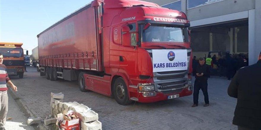 Kars Belediyesinin yardımları, Elazığ'da teslim alındı