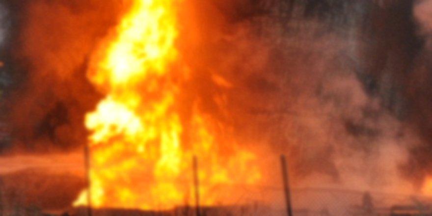 Çakmak Köyü'nde Kümes Yangını
