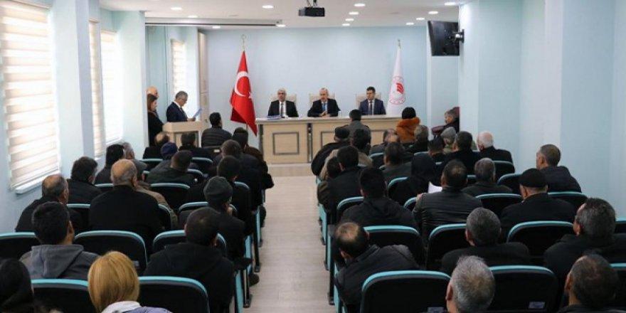 Kars'ta, hibe desteği almaya hak kazanan yatırımcılar bilgilendirildi