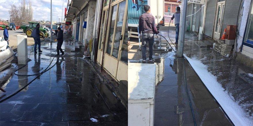 Akyaka Belediyesi dezenfekte çalışmalarını sürdürüyor